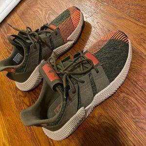 Boys adidas prophere size 7